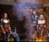 Uczta w Długim Domu, Gerald, Ciri i Triss przy palenisku