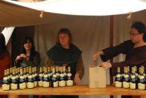 sprzedajemy nasz miód pitny na różnych festiwalach i piknikach historycznych
